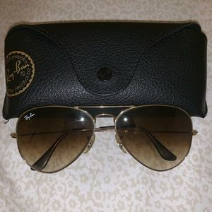 SOLD - Ray-Ban brown gradient standard size